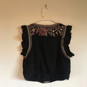 American Eagle Outfitters Other - crop top and shorts set